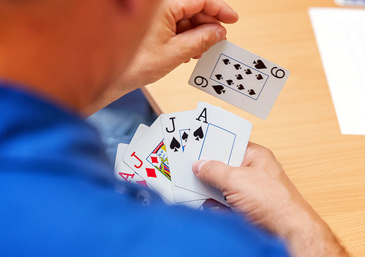 Top Tips For Strategy Card Games From The Pros